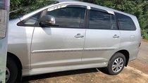 Bán ô tô Toyota Innova sản xuất năm 2016, màu bạc giá cạnh tranh