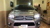 Bán Toyota Hilux 3.0G AT 2 cầu năm sản xuất 2015, màu bạc, nhập khẩu