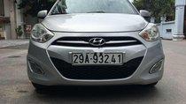 Cần bán Hyundai Grand i10 2013, màu bạc, nhập khẩu