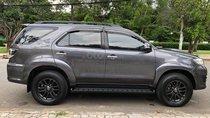Cần bán xe Fortuner 2015, số sàn, máy dầu, màu xám trì