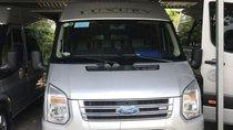 Cần bán Ford Transit năm sản xuất 2017, màu bạc