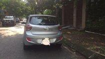 Gia đình bán Hyundai Grand i10 2015, màu bạc, xe nhập