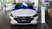 Bán xe Hyundai Elantra 1.6 AT đời 2019, màu trắng