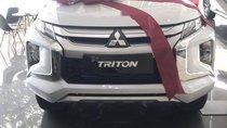 Bán xe Mitsubishi Triton năm 2019, màu trắng, nhập khẩu nguyên chiếc