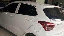 Bán Hyundai Grand i10 đời 2017, màu trắng chính chủ, giá tốt