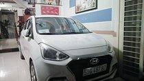 Cần bán gấp Hyundai Grand i10 đời 2017, màu trắng