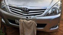 Bán Toyota Innova G năm sản xuất 2011, màu bạc, giá tốt