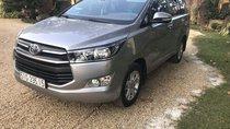 Chính chủ bán Toyota Innova sản xuất năm 2017, màu xám