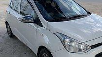 Gia đình bán Hyundai Grand i10 đời 2016, màu trắng, nhập khẩu
