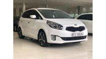 Cần bán xe Kia Rondo 2.0 AT 2016, màu trắng, trả trước chỉ từ 165 triệu. LH 0985.190491(Ngọc)