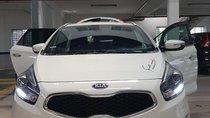Bán Kia Rondo GAT 2.0AT màu trắng, máy xăng, số tự động, sản xuất 2015, biển Đồng Nai, 1 chủ đi 18000km