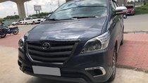 Cần bán xe Innova 2016, số sàn, máy xăng, màu xám