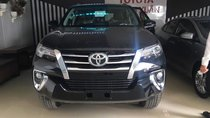Bán Toyota Fortuner 2.8V 4x4 AT đời 2019, màu đen