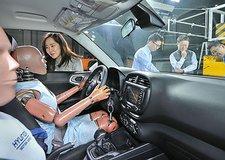 Hyundai hé lộ công nghệ túi khí đa va chạm mới
