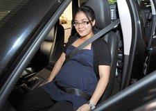 Kinh nghiệm lái xe an toàn cho các bà bầu