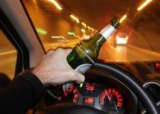Uống bao nhiêu cốc bia, rượu để không vượt quá nồng độ cồn cho phép