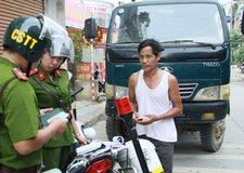 Cảnh sát trật tự có được phép dừng xe, xử phạt ô tô vi phạm?
