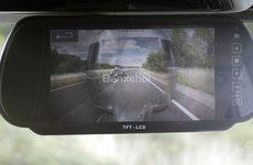 Land Rover trình làng công nghệ Transparent Trailer và Cargo Sense