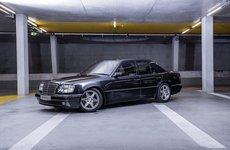 """Nhìn lại lịch sử của Mercedes E60 AMG - siêu sedan E-Class """"đích thực"""" đầu tiên"""