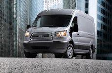 Ford Transit bị triệu hồi tại Mỹ do lỗi túi khí rèm