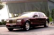 Rolls-Royce Phantom chốt giá bán kỷ lục 84 tỷ Đồng sau ngày 1/7/2016