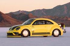 Chiêm ngưỡng Volkswagen Beetle rú ga, phá kỉ lục tốc độ 330 km/h