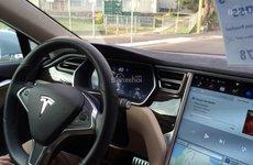 Tesla sẽ trình làng bản cập nhật Autopilot tối tân vào thứ 2 tại triển lãm Detroit