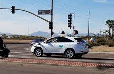 Google bắt tay Honda chế tạo xe tự lái