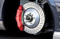 Tìm hiểu quy trình hoạt động của hệ thống phanh xe ô tô