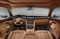 Khách hàng sẽ được chăm sóc chiếc Bentley miễn phí?