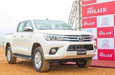 Đánh giá xe Toyota Hilux 2017