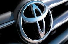Công nghệ của Toyota sẽ thay con người nhặt đồ bị rơi trên xe ô tô