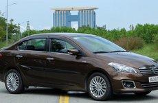 Suzuki Ciaz giảm giá cả trăm triệu đầu tháng cô hồn