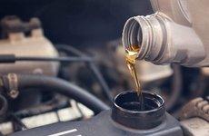 5 yếu tố cần cân nhắc khi chọn mua dầu nhớt cho ô tô