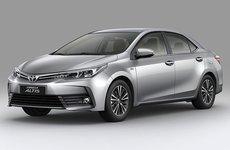 So sánh bản Toyota Corolla Altis 1.8 E thấp nhất và 2.0V Sport cao nhất