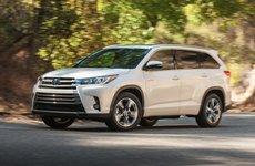 Toyota rót 370 triệu USD vào động cơ hybrid trên Highlander