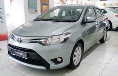 Toyota tiếp tục giảm giá sâu trong tháng 11