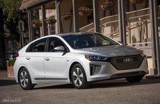 Hyundai Ioniq Plug-In Hybrid 2018 công bố giá bán 566 triệu đồng tại Mỹ