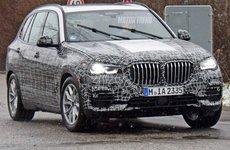 BMW X5 mới chạy thử với lưới tản nhiệt lớn khó tin