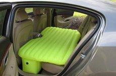 Những mối nguy từ việc lắp đệm nằm cho ghế sau ô tô
