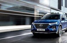 So sánh hình ảnh Hyundai Santa Fe 2019 và thế hệ cũ hiện tại