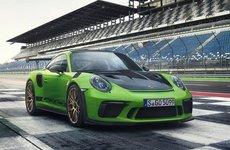 Porsche 911 GT3 RS có giá bán gần 14 tỷ đồng tại Việt Nam