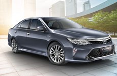 Toyota Camry Hybrid đứng trước án khai tử tại Ấn Độ