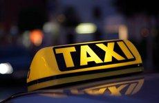 Hướng dẫn kiểm tra nội thất ô tô để phát hiện taxi thanh lí