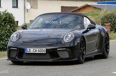 Bắt gặp Porsche 911 Speedster đời mới lăn bánh khi dạo phố