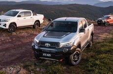 Cận cảnh 3 biến thể Toyota Hilux mới ra mắt