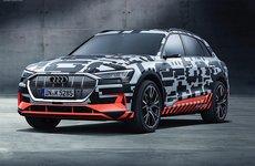 Audi e-Tron sẽ vượt mặt ô tô Tesla về tốc độ sạc điện