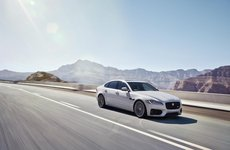 Jaguar XE S, XF S ngừng sản xuất tại Châu Âu do ảnh hưởng của quy định khí thải mới