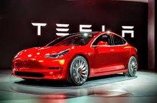 Tesla cần 2 tỷ USD để không phá sản
