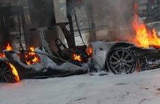 Tesla tiếp tục bị điều tra vì Model S phát nổ